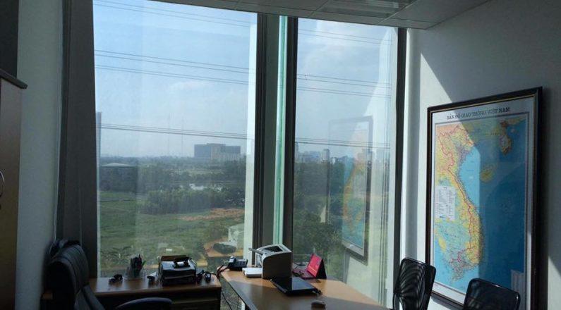 Thi công Giấy dán kính cách nhiệt cho Văn Phòng tại Hà Nội